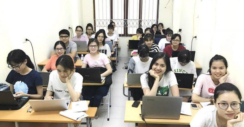 Các lớp học xuất nhập khẩu uy tín được đánh giá rất cao từ nhà tuyển dụng